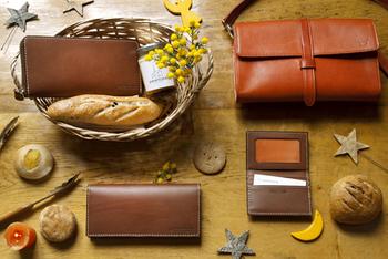 日本にひとつの馬具メーカー『ソメスサドル』の美しい革製品たち
