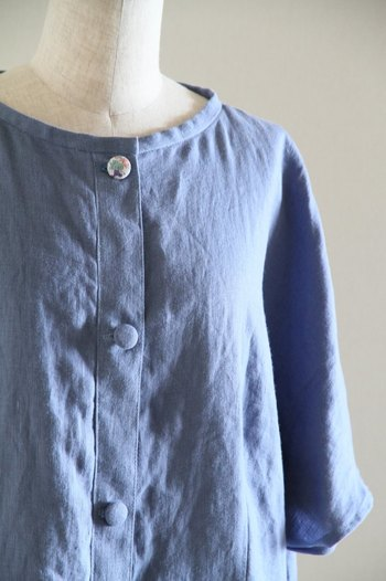いろいろなくるみボタンを作って、服に付け替えてみるとおしゃれ度がアップ。
