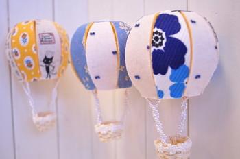 こんなに本格的な気球モビールも、手作りキットがあれば、簡単に出来ちゃいます!こちらはハンドメイド通販サイト「Creema」で販売されている工作キットです。
