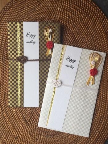 モダンな色使いの市松模様に、ブーケを思わせるゴールド×赤いの熨斗がおしゃれ。チャペルでの挙式にも違和感がありません。男性から贈るご祝儀にもおすすめです。