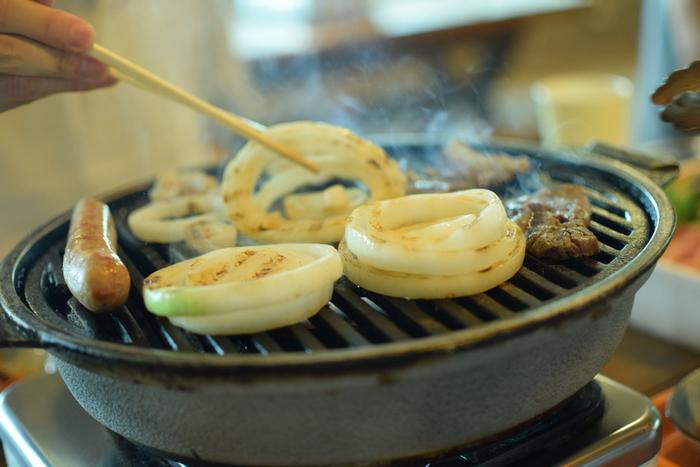 淡路島の食を語る上で、玉ねぎはマスト! その品質の高さ、甘味や歯ごたえを堪能するには、焼いていただくのが一番です。