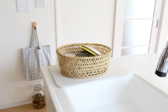 どんどん水を吸収する「moissバスマット」を敷けば、水分を気にせずきれいにつかえます。