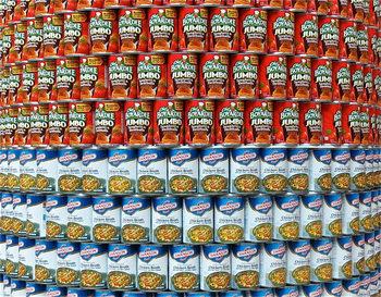 定番のツナやコーン、トマト缶に加えて、最近では魚介類や豆類、さまざまな種類のフルーツの缶詰など、バリエーションが非常に豊かです。手軽に使えてとっても便利な缶詰。日常のお料理の中に取り入れてみるのはいかがでしょうか?