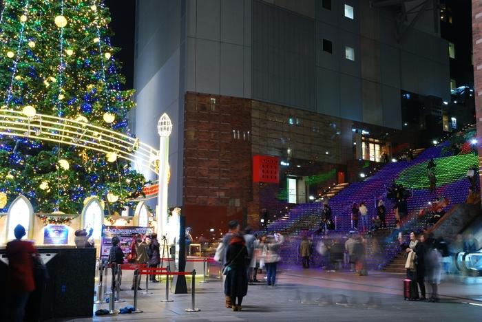 せっかく遠路はるばる来たのなら、楽しんで帰りましょう。 京都駅には、心躍る素晴らしい空間が広がっています。