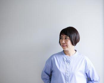 【増田由希子】 プライベートで飾る花の写真を投稿しているInstagramを中心に、 世界中に数多くのファンを持つフラワースタイリスト。 ナチュラルでありながらも洗練されたしつらえが魅力。