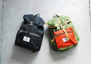 FIELD PACK(フィールドパック)  シンプルで手頃なバックパック。背が高くマチの薄い作りや手ごろなサイズ感が使いやすい。