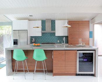 平行四辺形を組み合わせたパターン。グリーンのタイルを使うとこんなにも雰囲気がかわります。 目地の白さとのコントラストもキレイですね!