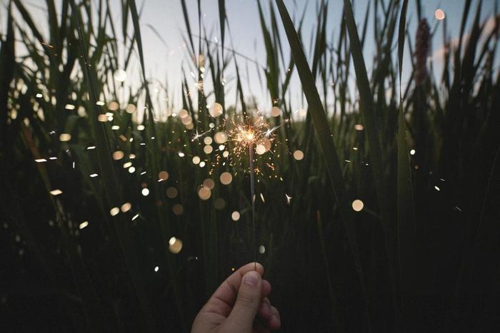 世界はエネルギーに満ちています。今、たくさんの命に生かされている自分を思い出すこと、自分自身の持っているエネルギーの無限の可能性を思い出すこと、そんな時間を一日一回でも持つようにしてみてください。