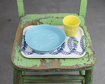 """お子様用の""""choucho""""のシリーズは半磁器で、陶器より割れにくい作りとなっています。"""