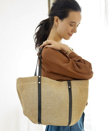 ベーシックなかごバッグは、これからの季節にひとつあるととっても便利!イタリアで親しまれているブランド「MARCO MASI(マルコマージ)」のものは質が高く、世代を問わず愛用できるアイテムになってくれそう。