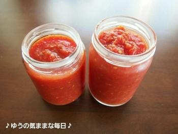 いろいろスパイスをプラスして作るトマトケチャップ。自分好みの味がみつかりそうです。