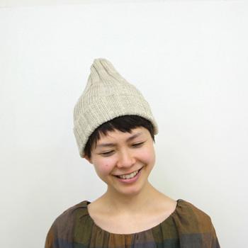 いかがでしたでしょうか? ニット帽は、冬だけのアイテム・・・は、誤解です。素材やコーディネートの方法を工夫すれば、今年らしくかわいい夏ニット帽コーデのできあがり♡
