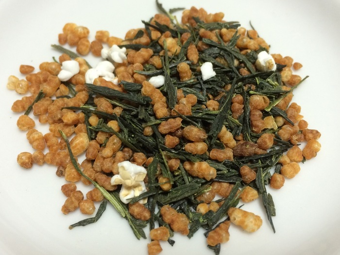 「炒り玄米」の作り方と美味しいアレンジレシピをご紹介♪