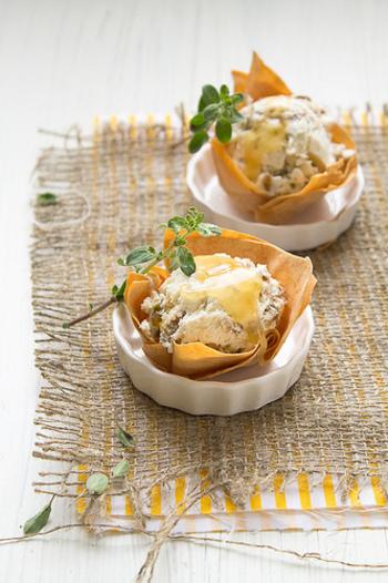 市販のアイスクリームを使ったレシピは、簡単ですぐに作れるものがたくさんあります。アイスの種類を変えれば、同じレシピでも変化を楽しめますので、自分だけのアレンジを試してみてください☆