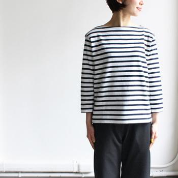 バスクシャツをご存知ですか?フランス・バスク地方の漁師が、仕事着として愛用していたTシャツを元に作られたものです。