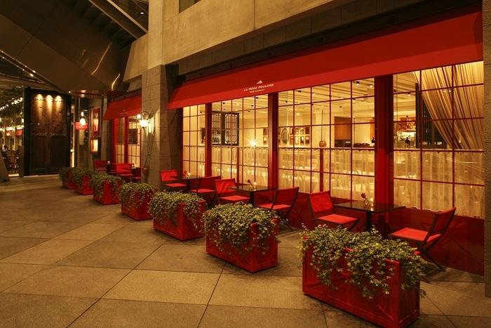 ラメールプラールはフランスのモンサンミッシェルにある名店。現在日本では、東京丸の内と横浜みなとみらいに店舗があります。
