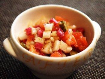 「Ça va?」に大根のサルサソースをトッピング。臭みがない「Ça va?」だからこそできるレシピです。