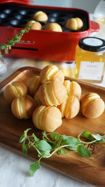 バター、はちみつ、バニラオイルの風味に、卵のやさしい甘さを感じられる鈴カステラです。甘さを控えめにしてジャムと合わせるのもおすすめ。