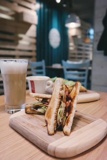 """毎日食べたい! 都内のおいしい""""サンドイッチとコーヒー""""のお店"""