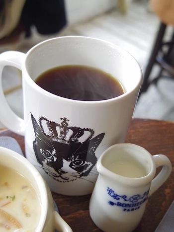 コーヒーは1杯ずつドリップした本格的な味です。他にも水だしアイスコーヒーもとても美味しい!