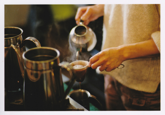 大阪は全国でも喫茶店の多い都市として有名です。その中でも、昔ながらの風情を残す昭和レトロな純喫茶が数多く点在しています。大阪に住んでいる方も、これから観光で大阪を訪れる方も、ぜひ純喫茶に一度は立ち寄ってみてくださいね。