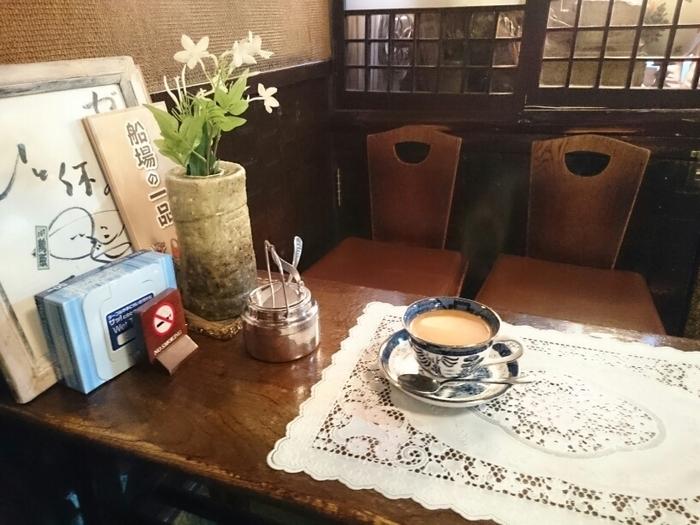 大正創業の老舗カフェにふさわしい純文学を感じさせるような雰囲気です。