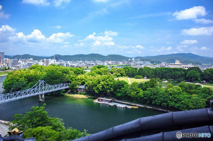 """岡山は何と言っても、晴天の多い""""晴れの国""""。アクセス抜群で、観光にはもってこいの地です。ぜひ思い立ったら岡山へ観光しに出掛けてみましょう。"""
