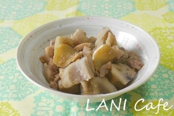 蓮根と鶏の生姜煮。煮物などの和風料理にもベジブロスは使えます◎味が染みた蓮根にきっと驚くはず!