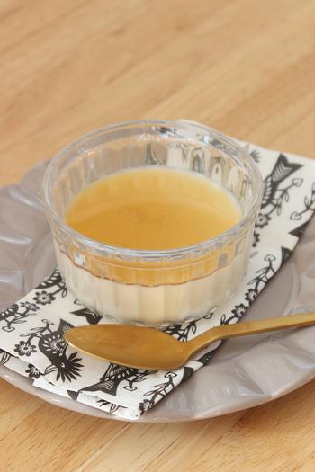クリーム感があるプルプルのイタリアのデザート、パンナコッタ。牛乳とクリームの風味とフルーツの酸味の相性も抜群です。
