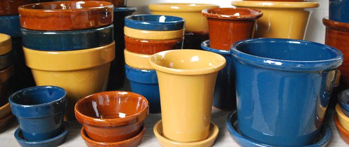 そんな伝統的な地で井澤製陶の植木鉢は作ら照れています。ライフスタイルにあう植木鉢、インテリアに馴染む植木鉢・・・。「植木鉢は植物が着る服」そのコンセプトを大事にしているのが井澤製陶なのです。