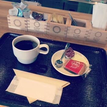 「居酒屋ブンカ」はカフェとしても利用可能。コーヒーを頼むと砂糖などが升に入って提供されるそう。可愛い演出ですね♪