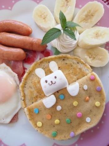 こちらは紅茶のパンケーキを子ども用にアレンジしたものです。こういうひと手間でも子どもは大喜びしてくれるんですよね♪