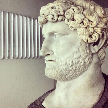 """いかがでしたか?世界各地に残るハドリアヌス帝の足跡を巡る旅。世界遺産として登録されているだけでもこんなにあるなんて、彼はまさに""""旅する皇帝""""ですね。"""