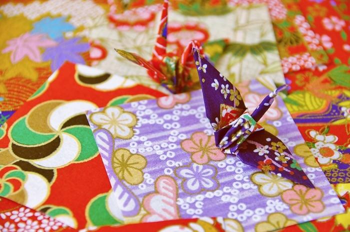"""レトロでかわいい♪ 和柄の折り紙""""千代紙""""を使って作る和小物アイテム"""
