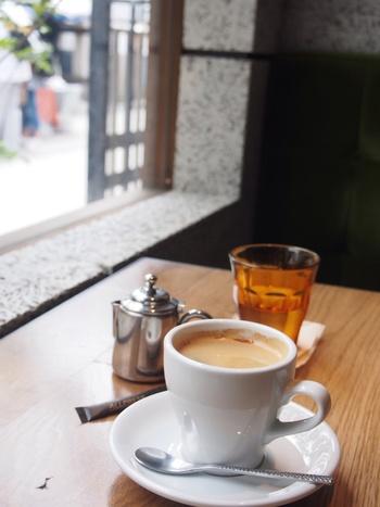 ニュージーランド発祥の「オールプレス・エスプレッソ」のコーヒーを提供しており、味も確かです。深川不動尊周辺のお散歩途中にいかがでしょうか?