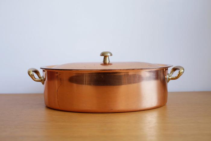 銅鍋をご存知ですか?美しい見た目に一目惚れしてしまいそうな、まるで工芸品のような鍋です。