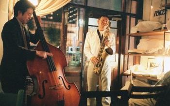 パスキューアイランドでは、時々ジャズライブが行われています。素敵な音楽と雑貨でリラックスできるひと時ですね。