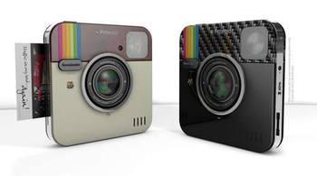 instagramがポラロイドカメラになりました!あのアイコンそのままの見た目はインパクト大。プリントはもちろん、撮影した写真をそのままSNSサイトにアップすることができるんです。