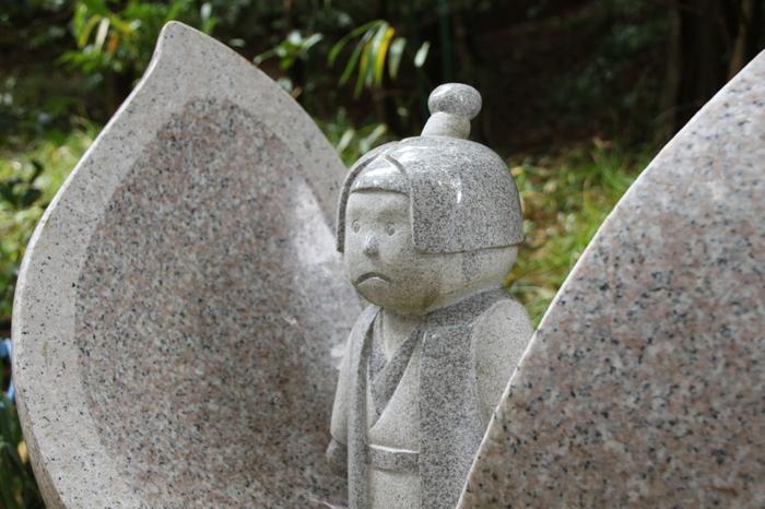 大吉備津彦大神は、桃太郎伝説のモデルとしても知られています。桃太郎の授与品も多く、その中でも桃太郎の絵馬は特に人気です。