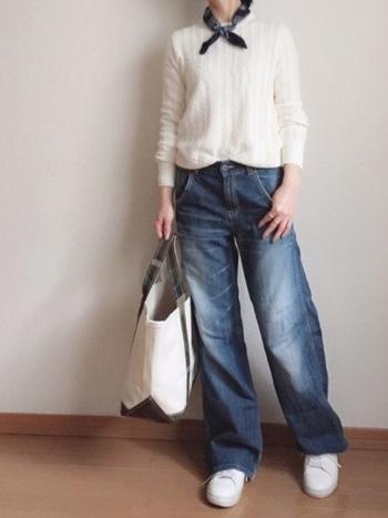 2014年にはメンズのケーブルニットが、爆発的な大ヒット!レディースは販売されていませんでしたので、メンズのSサイズを着るオシャレ女子が続出しました。どのお店に足を運んでも、品薄状態に。