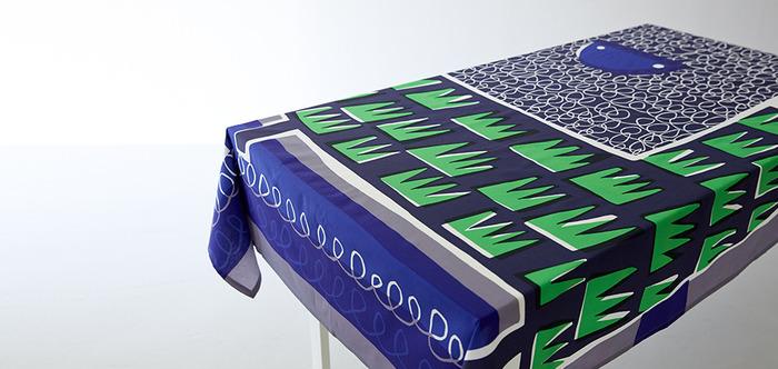 マリメッコやラプアンカンクリのデザイナーでもある鈴木マサルさんの「OTTAIPNU(オッタイピイヌ)」とても斬新なデザインのテーブルクロスも素敵です。