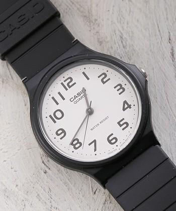 今、インスタグラムなどのSNSを中心に人気のチープカシオと言われる人気の腕時計はこちら!