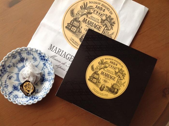 ガーゼのようなモスリンコットンに包まれたティーパックも他にはない美しさや香りが特徴的です。
