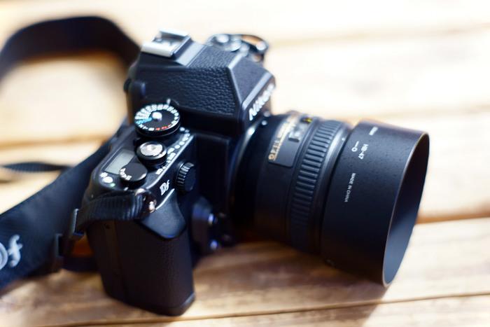 レンズも取り替えられるので、かなりの本格写真が撮れます。
