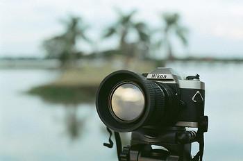 さあ、レトロ風カメラを持って街に出ましょう。 まだまだ撮ってない景色があるはず。 本格カメラ・Nikon FM10で撮る世界はどんな世界なのか?  それは現像してからのお楽しみですね。