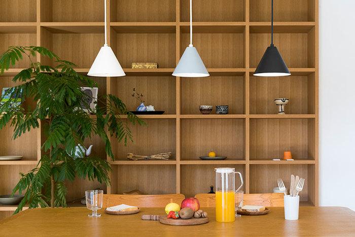キッチンにはもちろん、リビングにもぴったりです。3色異なる色合いがおしゃれですね。