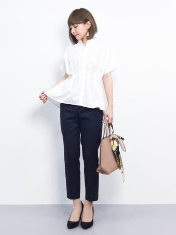 清潔感たっぷりの「白シャツ」はそれだけで「オン」スタイルに。ボブやショートなら襟まわりもスッキリとしているのでシャツも引き立ちます。