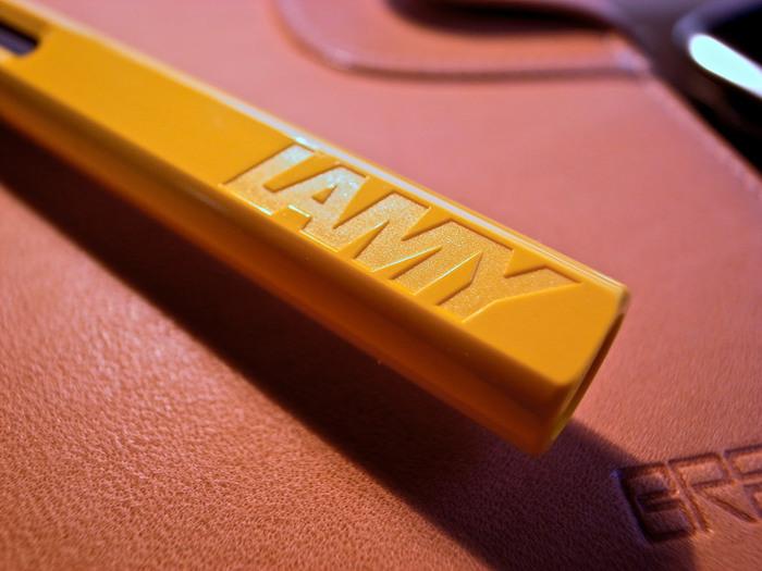 1930年にドイツのハイデルベルグに設立された「LAMY(ラミー)」。世界中のさまざまなデザイナーとコラボレーションして誕生した文房具たちは、シンプルながらオリジナリティあるデザインで多くのファンを集めています。