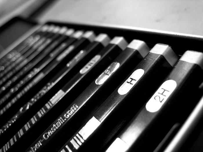 1761年にドイツ・ニュルンベルク郊外の街シュタインで生まれた「FABER CASTELL(ファーバーカステル)」は、世界最古の筆記具メーカー。世界初の六角鉛筆を開発し、鉛筆の長さ・太さ・硬度の基準を作成したメーカーとしても知られています。