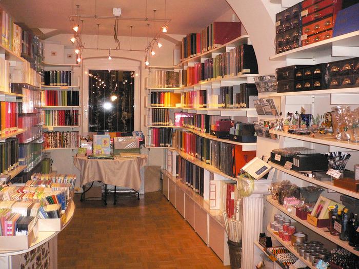 ドイツ・ミュンヘン発のカラフルなステーショナリーブランド「Semikolon(セミコロン)」。ヨーロッパのデザイナーご用達の、いま注目の文房具です。
